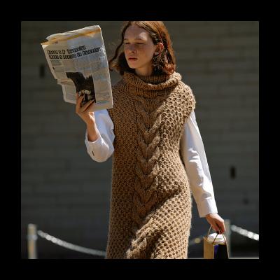 MIDIUMISOLID -everyday clothes.- 主張のある、彼女の日常着 – CLUEL vol.42 掲載